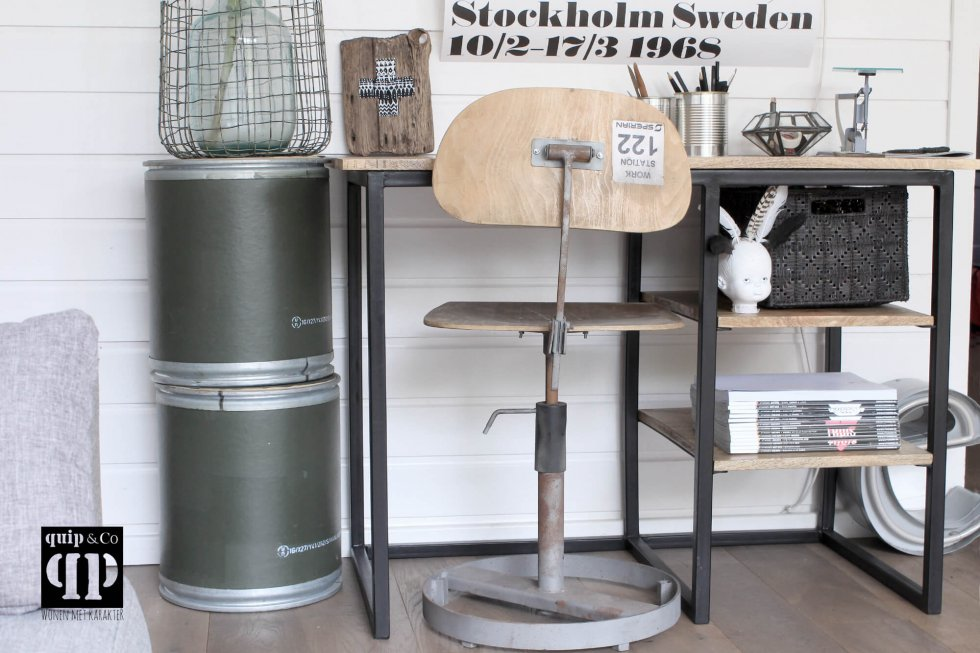 Vintage fabrieksstoel