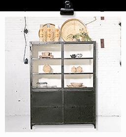 K040zw Robuust industriële buffetkast, marcia giga meubel, van quip&Co