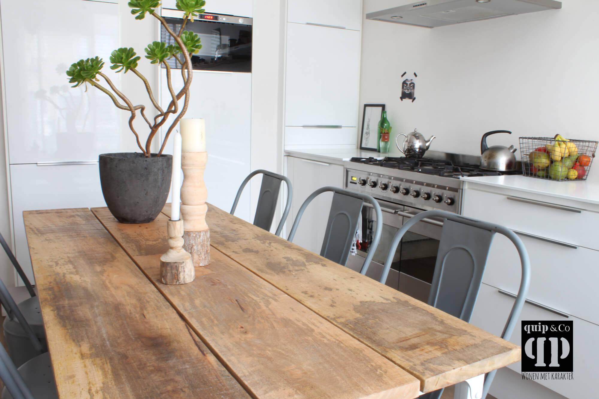 Frisse eettafel industrieel design massief mango houten blad van