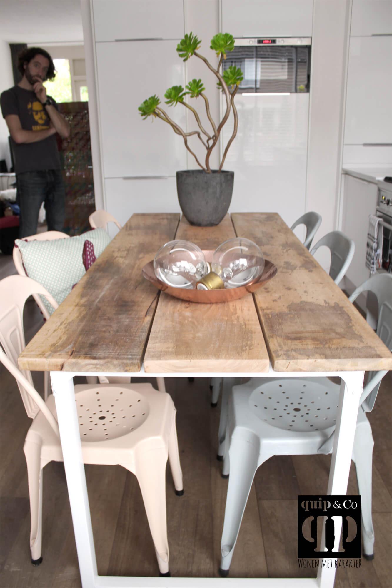Tafel Wit Blad Houten Poten.Frisse Eettafel Industrieel Design Massief Mango Houten Blad Van