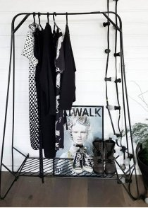 Industrieel kledingrek van quip&Co, praktisch menu anker