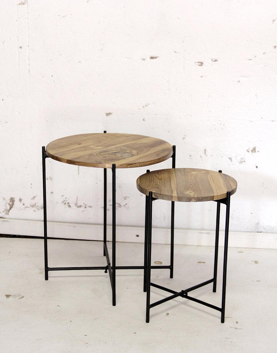 Bijzettafel met massief teak houten blad en inklapbaar frame van quip&Co