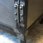 K005s Industrieel kastje met gaasdeurtje van quip&Co