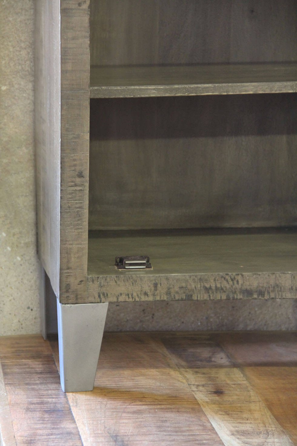 K071 Industrieel locker kastje van quip&Co